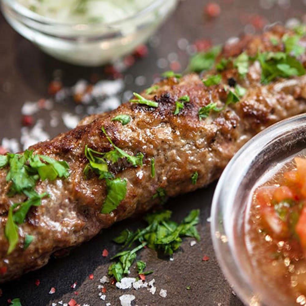 Люля-кебаб зі свинини і яловичини